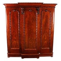 Fine Victorian Mahogany Wardrobe