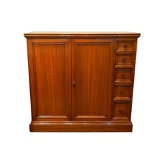 Fine Victorian Walnut Linen Press by Howard and Sons, circa 1885