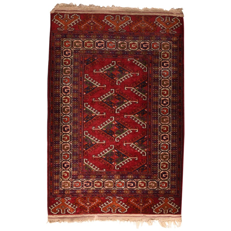Fine Vintage Bokhara Russian Rug, Hand Knotted, circa 1940s For Sale