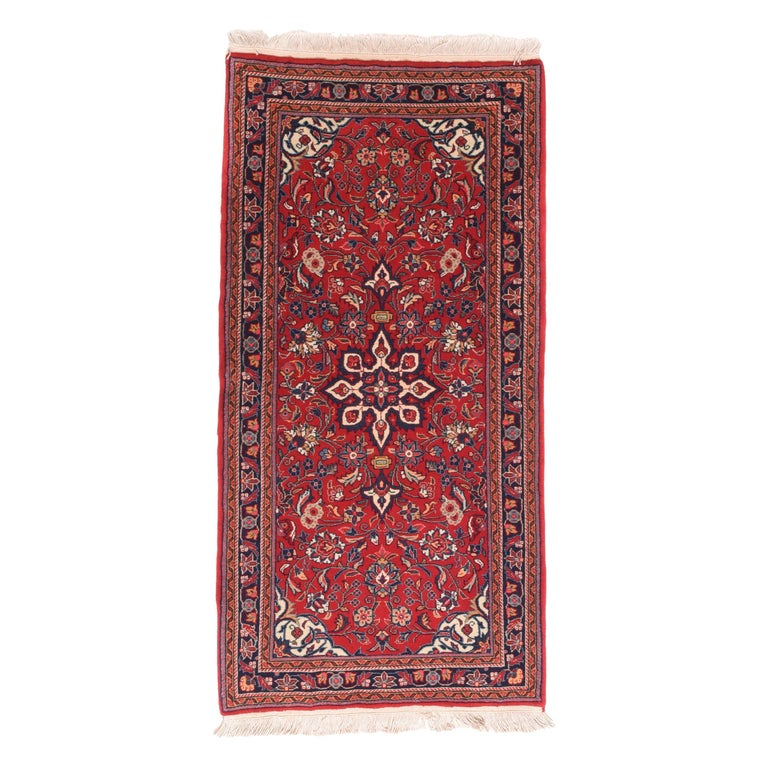 Fine Vintage Farahan Persian Rug, Hand Knotted, circa 1930s For Sale