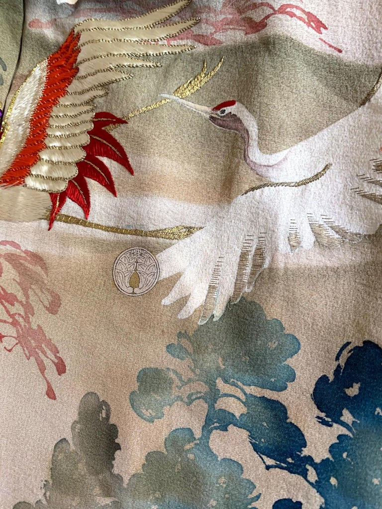 Fine Vintage Japanese Furisode Kimono with Yuzen Dyes and Embroidery For Sale 9