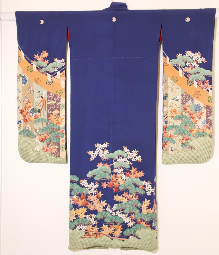 Fine Vintage Japanese Royal Blue Silk Kimono with Yuzen Design For Sale 13