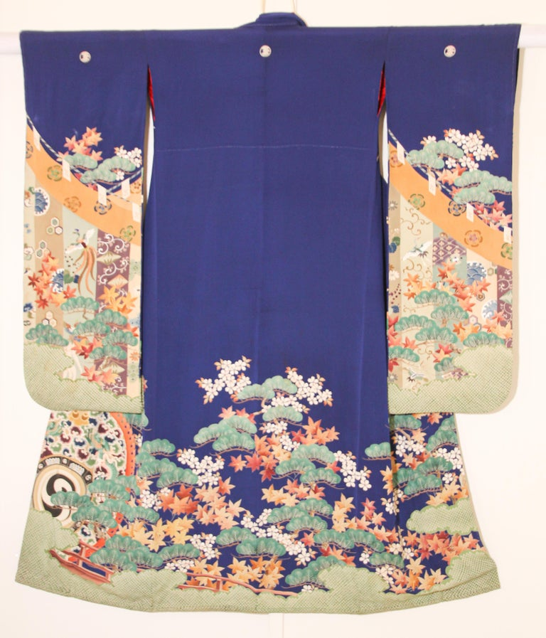 Fine Vintage Japanese Royal Blue Silk Kimono with Yuzen Design For Sale 14