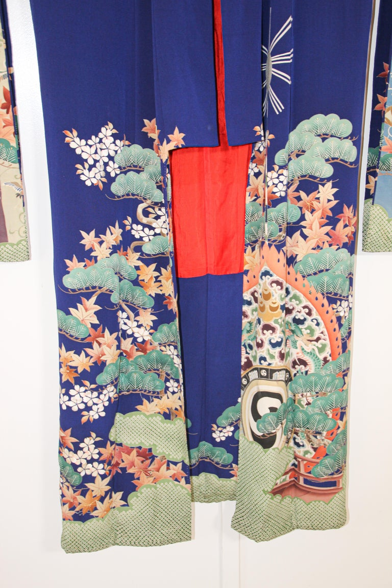 Japonisme Fine Vintage Japanese Royal Blue Silk Kimono with Yuzen Design For Sale