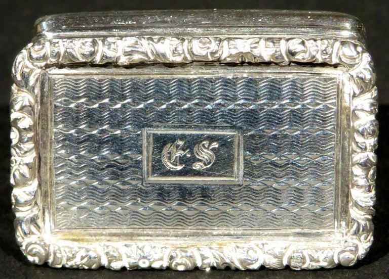 English Fine William IV Sterling Silver Vinaigrette by Joseph Willmore, Birmingham 1835 For Sale