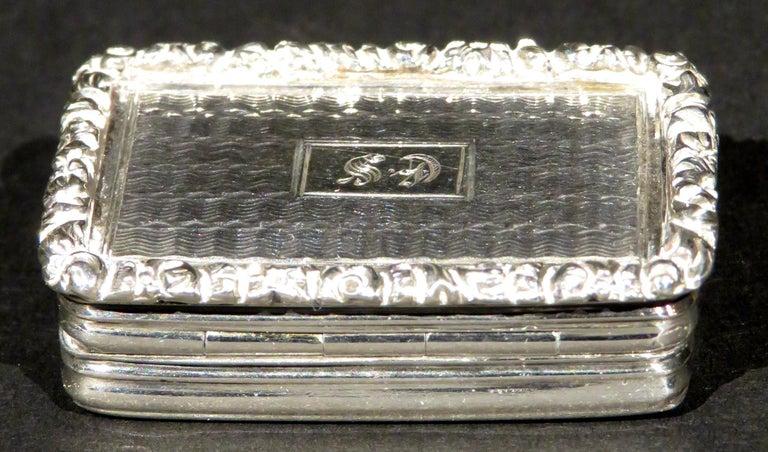 Fine William IV Sterling Silver Vinaigrette by Joseph Willmore, Birmingham 1835 In Good Condition For Sale In Ottawa, Ontario