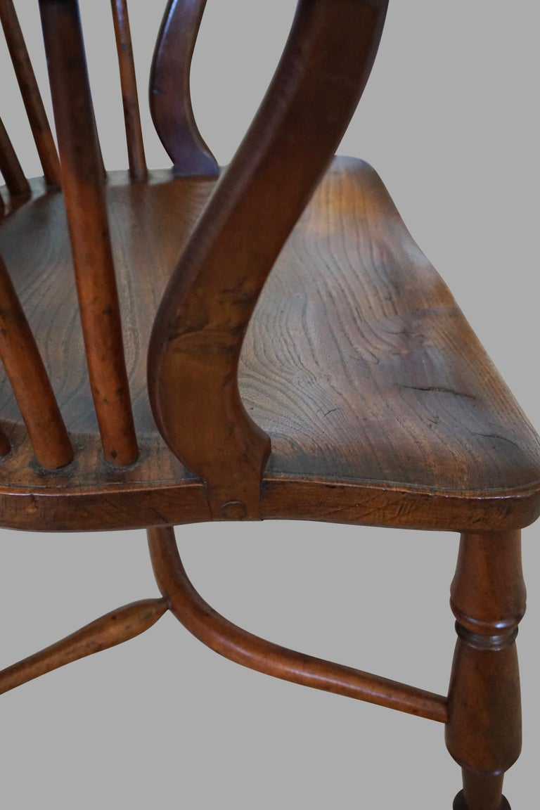 English Yew Wood Narrow Arm High Back Windsor Chair For Sale 1