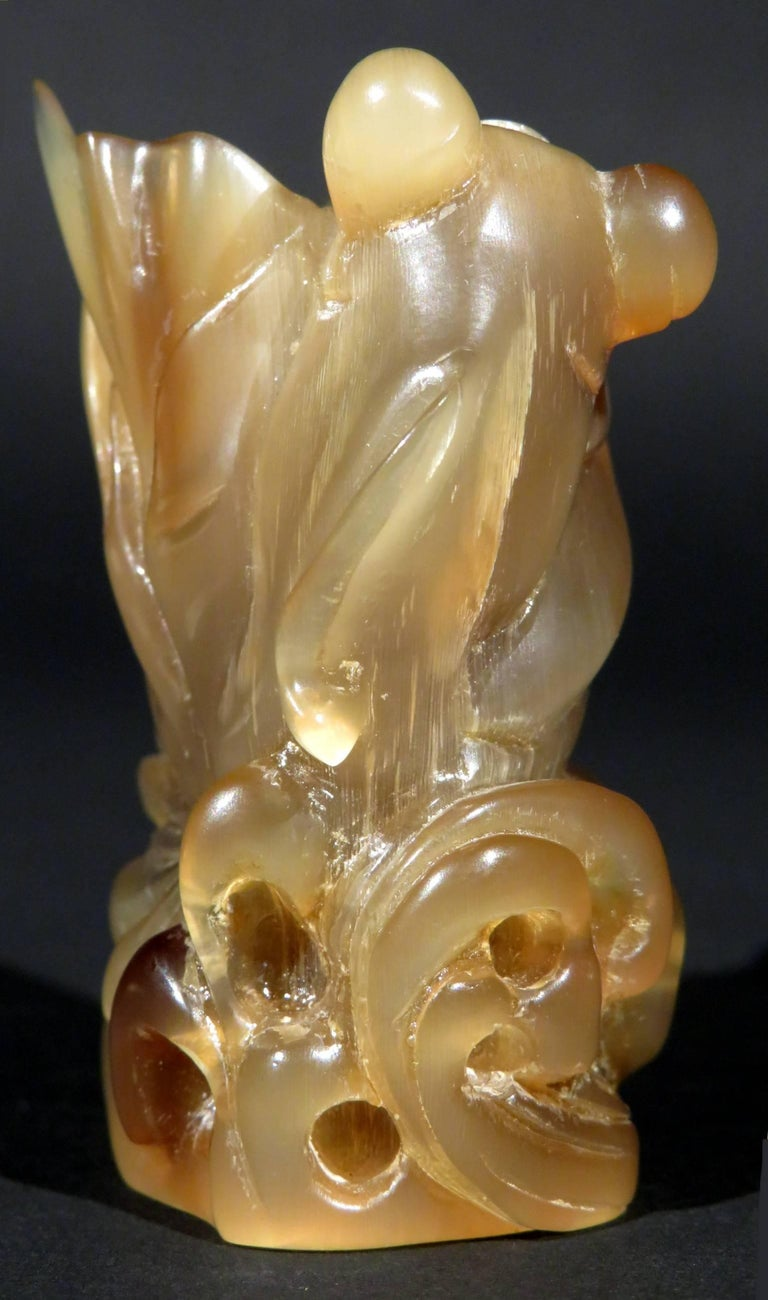 Japanese Finely Carved Horn Netsuke of a Mud Skipper, Japan Late Taisho Period Circa 1940 For Sale