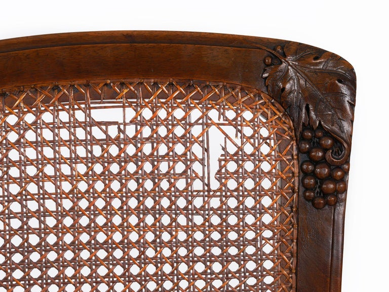 Finely Carved Walnut Set of Six French Art Nouveau Dining Chairs For Sale 4