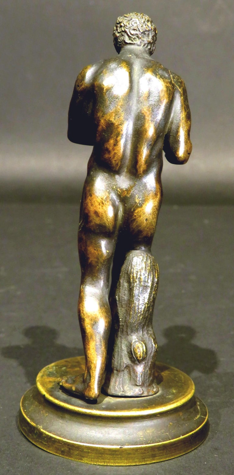 Finely Cast Pair of 19th Century Grand Tour Miniature Bronzes of The Pugilists  9