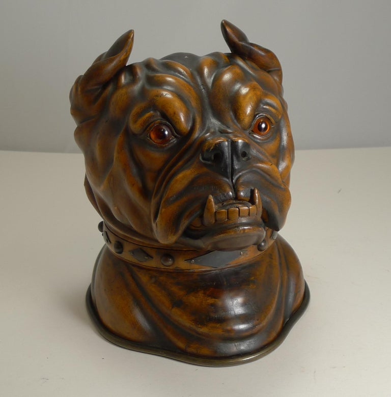 Late 19th Century Finest Large Antique Tobacco Box in Fruitwood, English Bulldog, circa 1880 For Sale