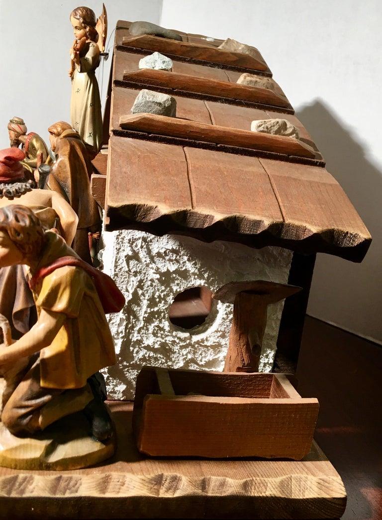 Finest Quality Italian Nativity Set Hand Carved Wood 16-Piece Oswald Demetz Deur For Sale 5
