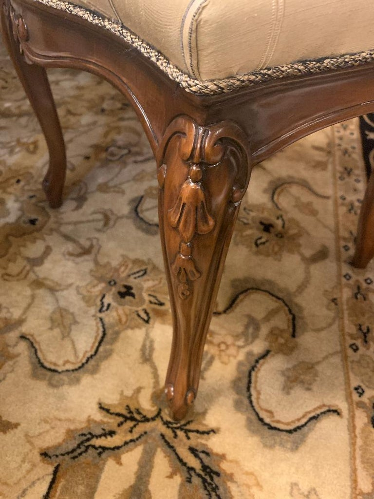 Finest Quality Karges Louis XV Style Walnut Dining Room Table with Eight Chairs For Sale 5