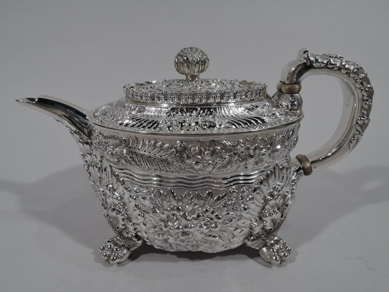 Finest Quality Tiffany Repousse Sterling Silver Coffee and Tea Set For Sale 1