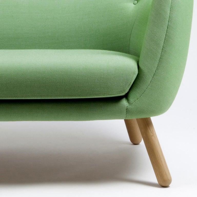 Finn Jhul Poet Sofa Walnut, Green Kvadrat Rime, 1941 In New Condition For Sale In Barcelona, Barcelona
