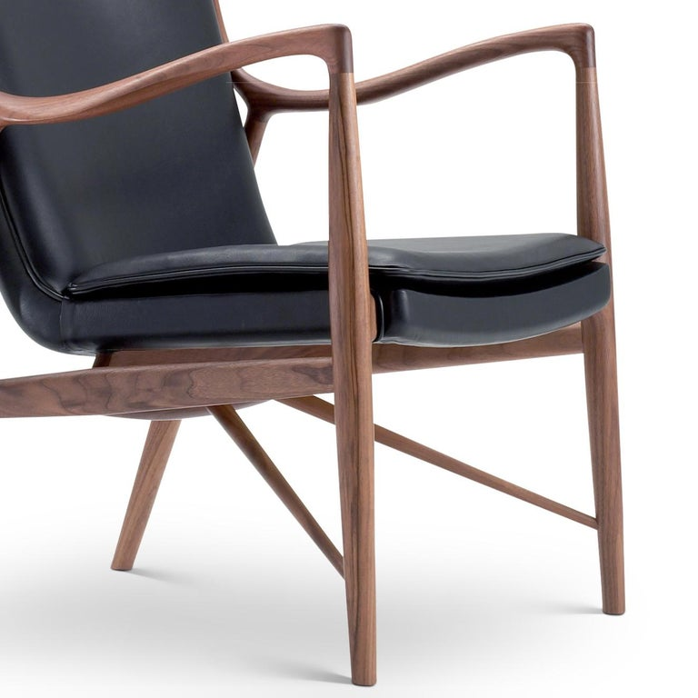 Finn Juhl 45 Chair Walnut, Black Leather In New Condition For Sale In Barcelona, Barcelona