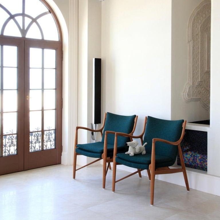Finn Juhl 45 Chair Walnut, Black Leather For Sale 2