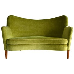 Finn Juhl Attributed Danish Settee Model 185 by Slagelse Mobelvaerk, 1940s