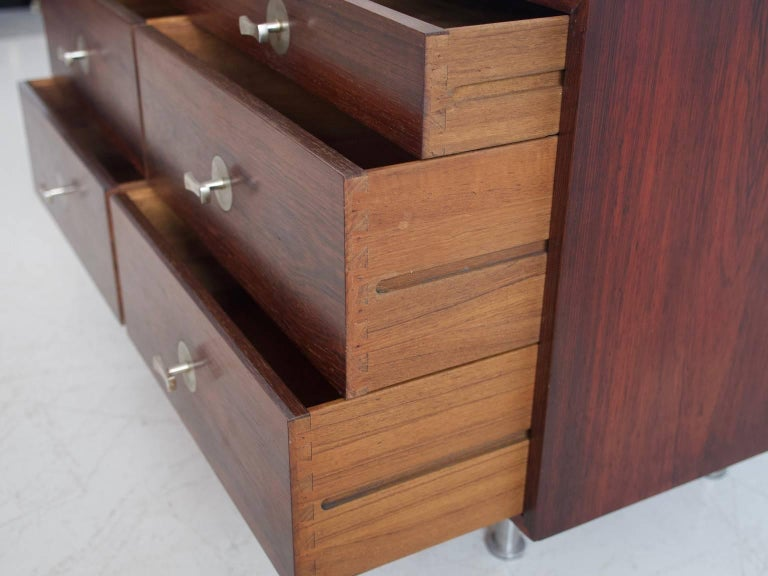 1960 Finn Juhl Commode Six Drawers Manufactured by Cado Rosewood and Steel Legs In Excellent Condition For Sale In Madrid, ES