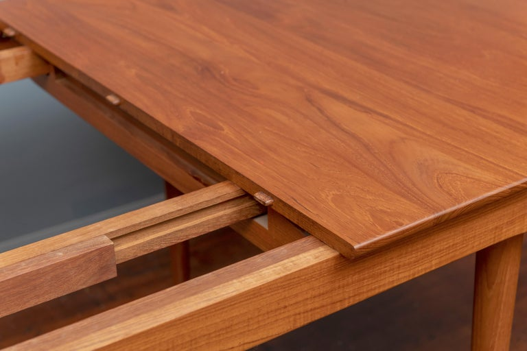 Finn Juhl Dining Table for France & Son In Good Condition For Sale In San Francisco, CA