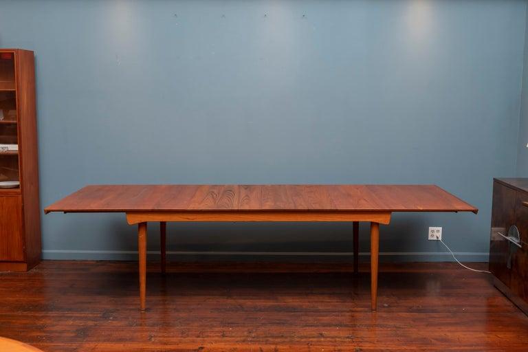 Mid-20th Century Finn Juhl Dining Table for France & Son For Sale