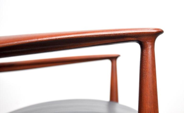 Finn Juhl FD 136 Teak and Navy Blue Leather Lounge Chair For Sale 8