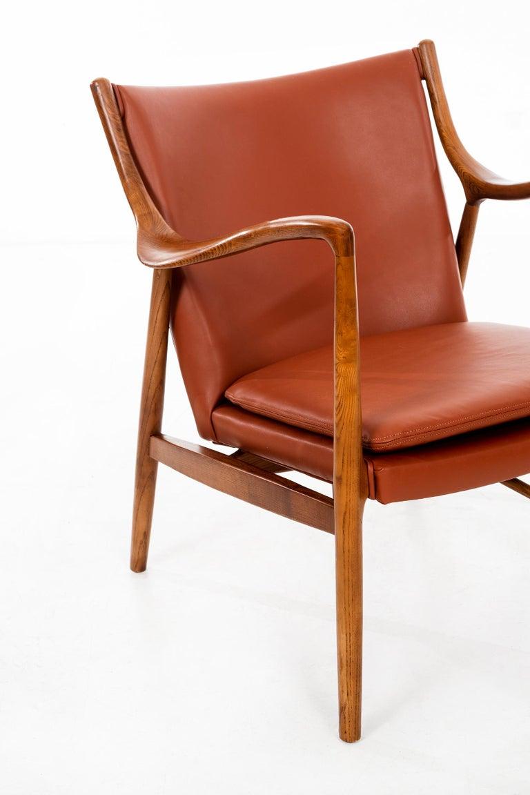 Finn Juhl FJ45 Lounge Chair For Sale 2