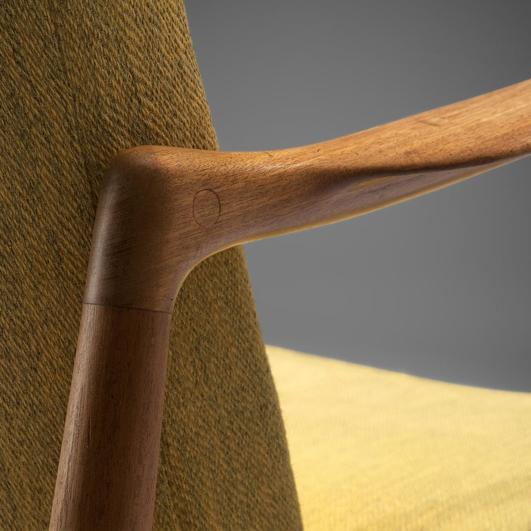 Finn Juhl for Bovirke Armchair 4443 in Teak and Yellow Fabric In Good Condition For Sale In Waalwijk, NL