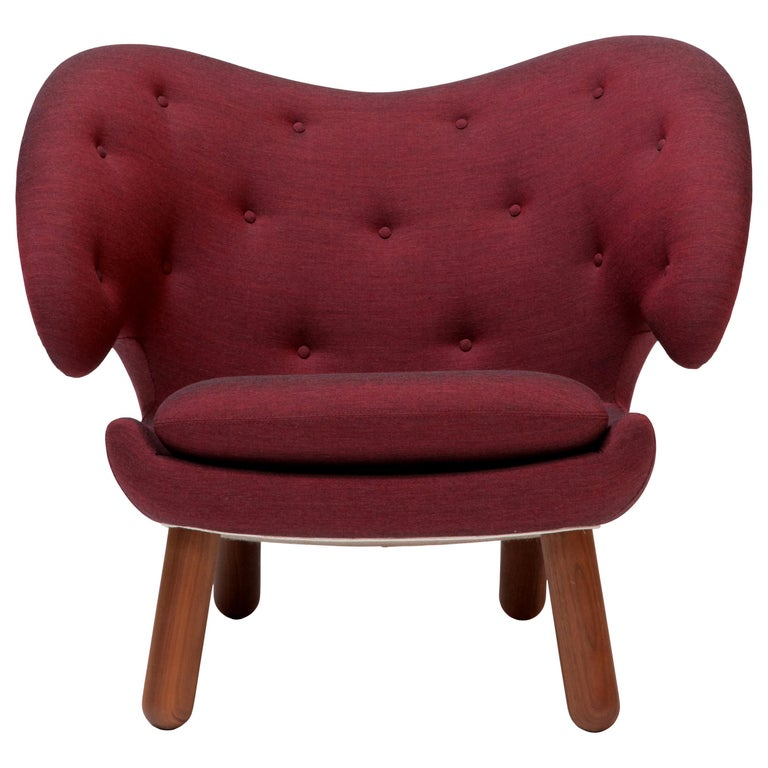 Finn Juhl Garnet Pelican Chair Kvadrat Remix For Sale