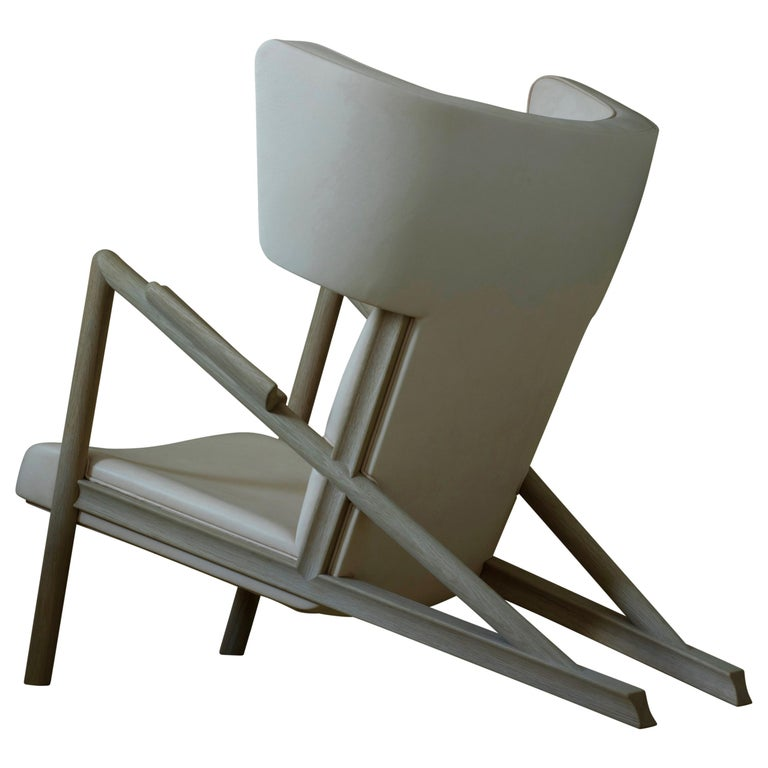 Sofa Bench designed by Finn Juhl in 1938, relaunched in 2019. Manufactured by House of Finn Juhl in Denmark.  The Grasshopper was designed by Finn Juhl in 1938 and exhibited at Niels Vodder's stand at the guild exhibition. Two chairs were displayed