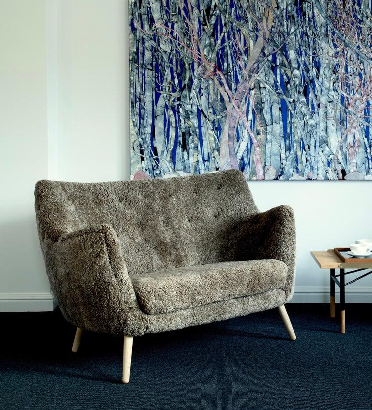 Finn Juhl Grey 46 Sofa Oak Sheepskin Sahara For Sale 2