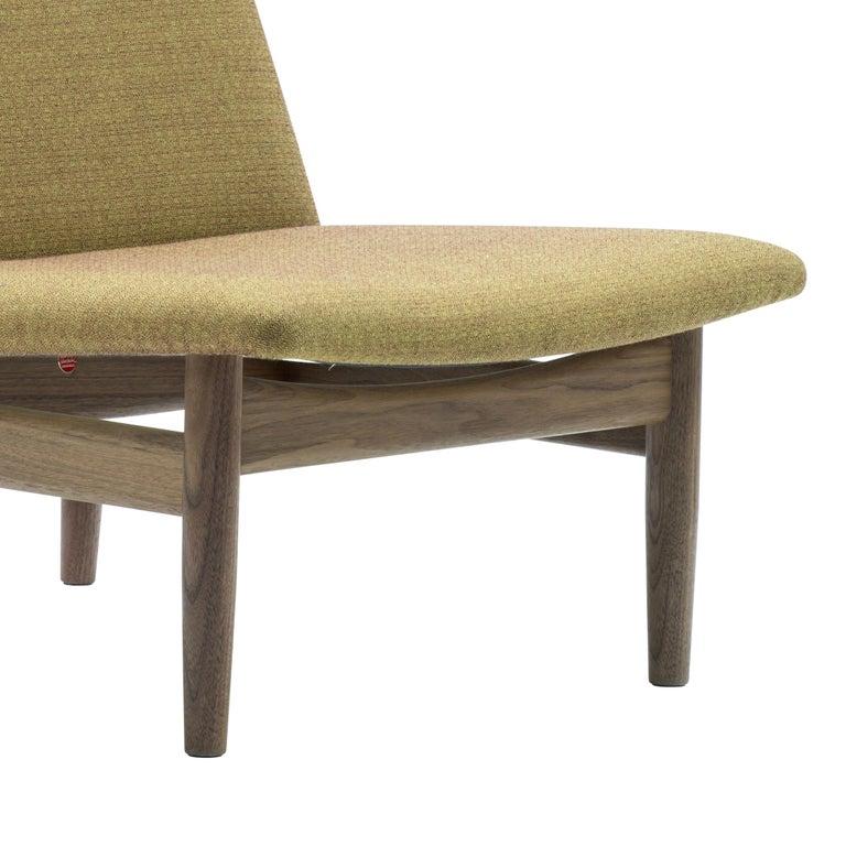 Finn Juhl Japan Series Chair Walnut, Kvadrat Foss, 1953 In New Condition For Sale In Barcelona, Barcelona