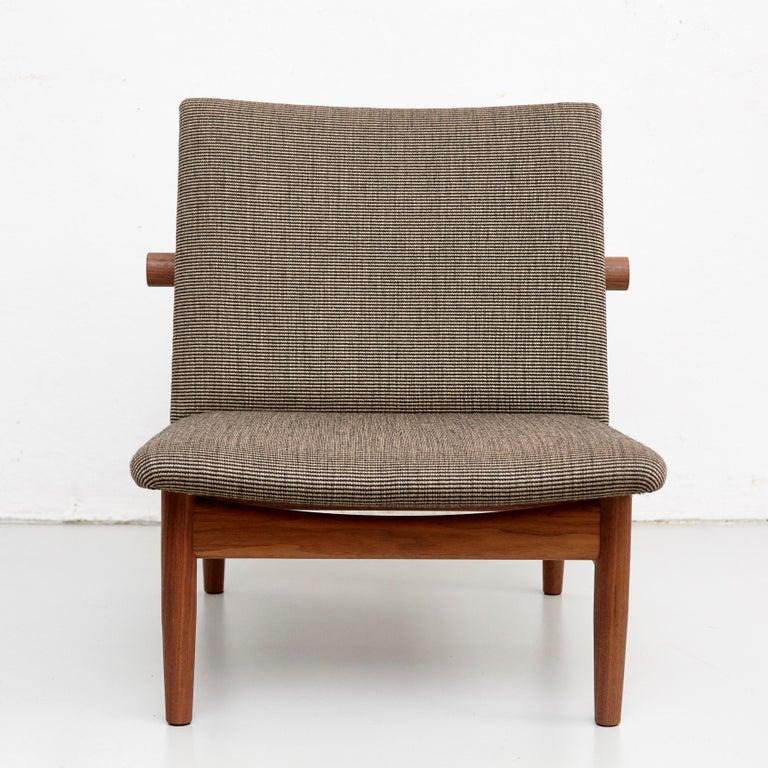 Finn Juhl Japan Series Chair Walnut Raf Simons Kvadrat In New Condition For Sale In Barcelona, Barcelona