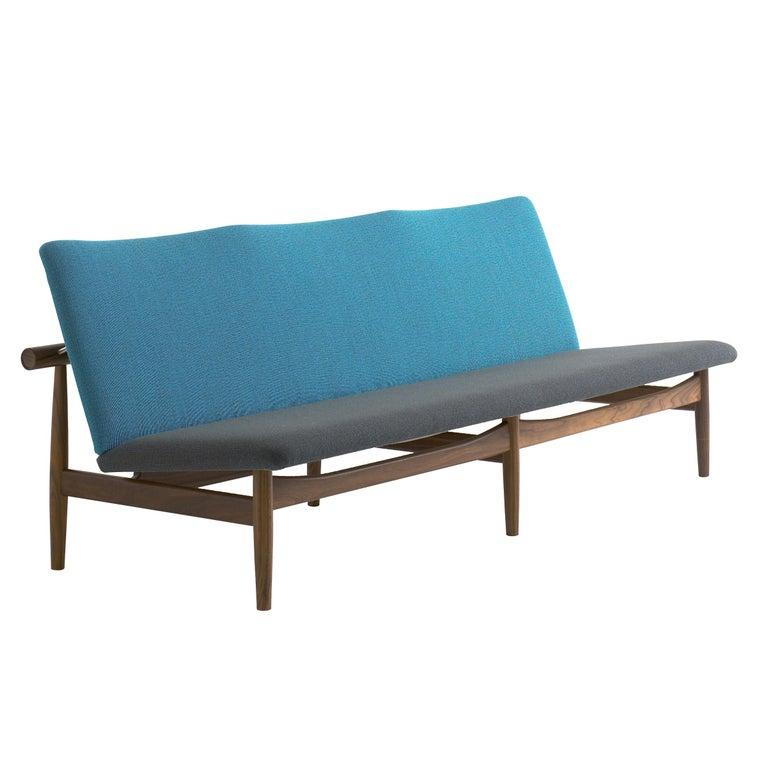 Finn Juhl Japan Series Sofa Walnut, Discontinued Fabric In New Condition For Sale In Barcelona, Barcelona