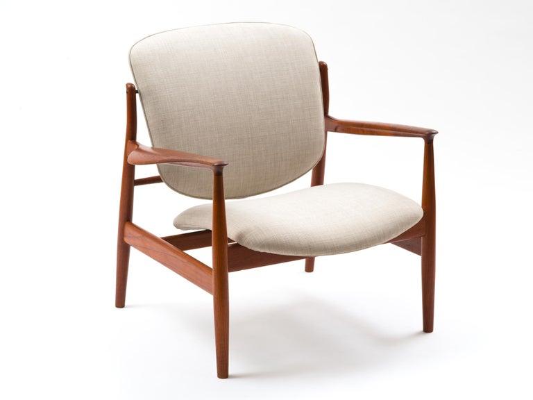 Mid-20th Century Finn Juhl Lounge Chair Model FD 136 in Teak For Sale