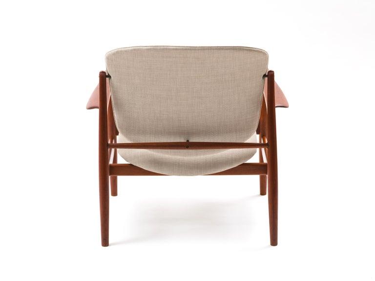 Finn Juhl Lounge Chair Model FD 136 in Teak For Sale 2