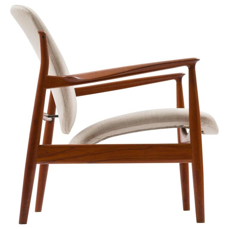 Finn Juhl Lounge Chair Model FD 136 in Teak For Sale