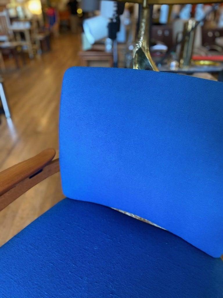 Finn Juhl Model 192 Set of Midcentury Teak Chairs '1960s' For Sale 4