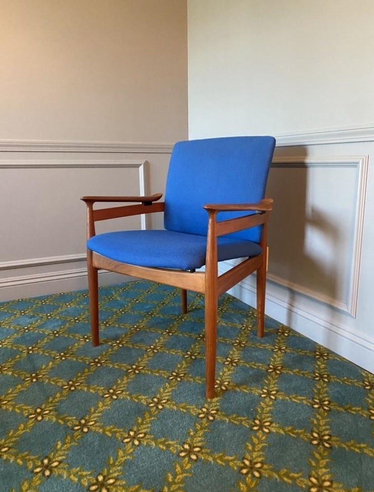 Mid-20th Century Finn Juhl Model 192 Set of Midcentury Teak Chairs '1960s' For Sale