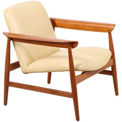Finn Juhl Model BO-118 Teak Lounge Chair for Bovirke