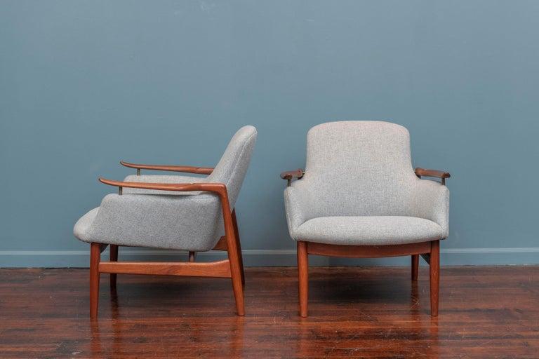Danish Finn Juhl NV-53 Lounge Chairs for Niels Vodder For Sale