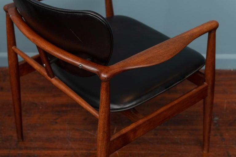 Finn Juhl NV-51 Dining Chairs for Baker For Sale 1