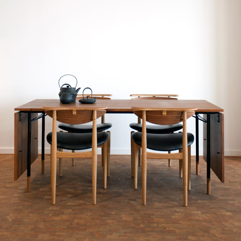 Finn Juhl Nyhavn Dining Table Black Lino, Blue, Walnut For Sale 8
