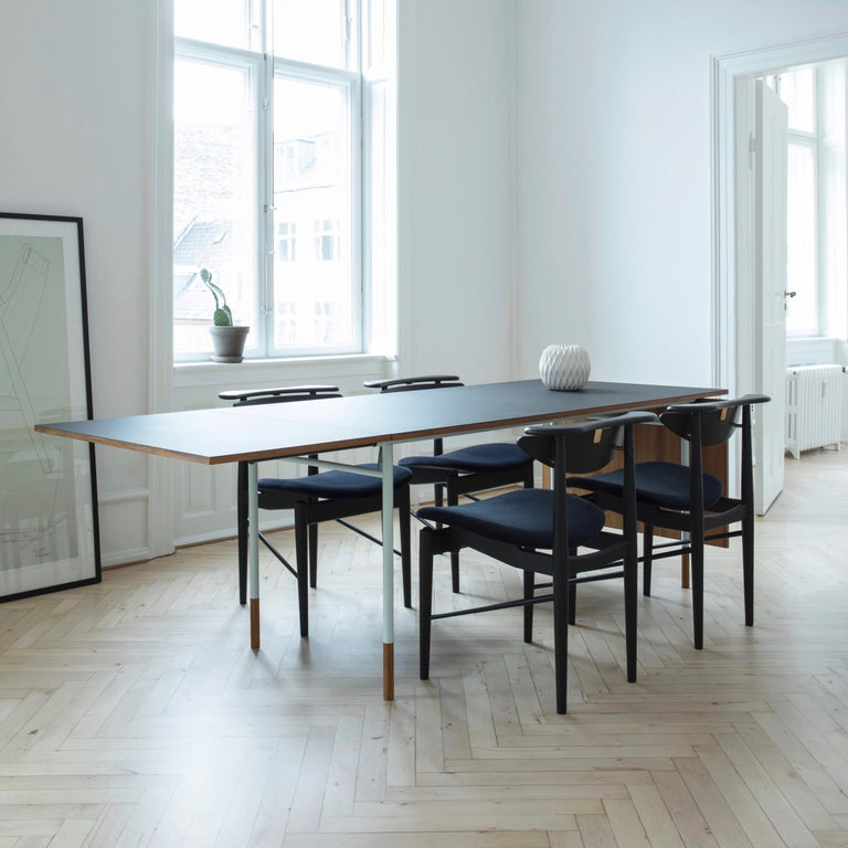 Finn Juhl Nyhavn Dining Table Black Lino, Blue, Walnut For Sale 10