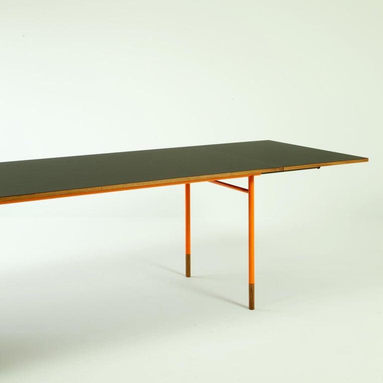 Finn Juhl Nyhavn Dining Table Black Lino, Orange, Walnut In New Condition For Sale In Barcelona, Barcelona