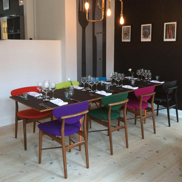 Finn Juhl Nyhavn Dining Table Black Lino, Orange, Walnut For Sale 2