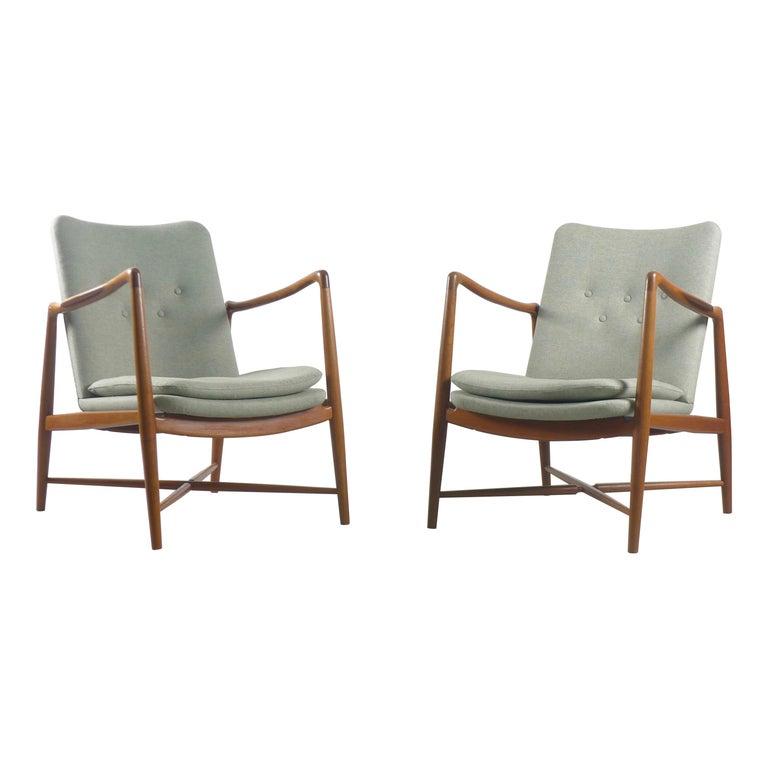 """Finn Juhl, Pair of """"Fireplace"""" Chairs, Model BO-59 for Bovirke, Denmark For Sale"""