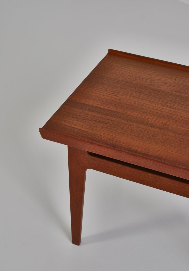 Finn Juhl Pair of Side Tables in Solid Teakwood by France & Son, 1959 For Sale 6