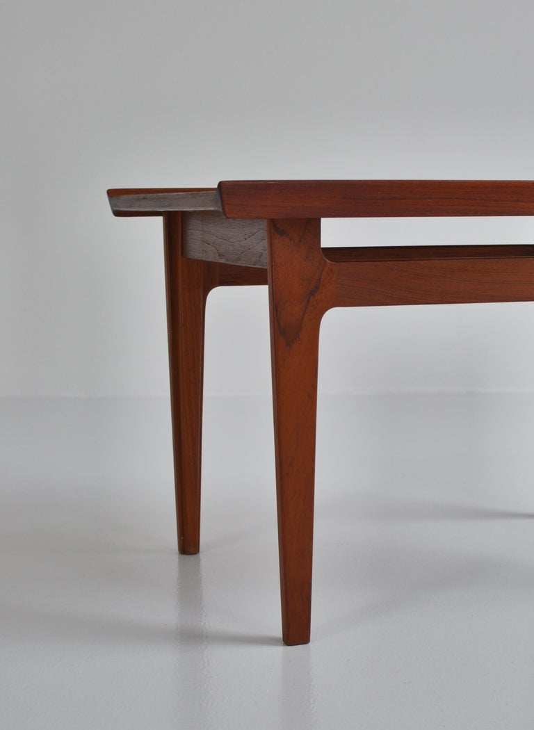 Finn Juhl Pair of Side Tables in Solid Teakwood by France & Son, 1959 For Sale 8