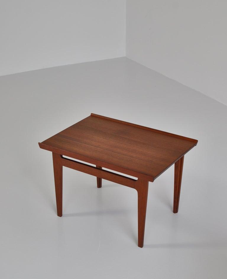 Scandinavian Modern Finn Juhl Pair of Side Tables in Solid Teakwood by France & Son, 1959 For Sale